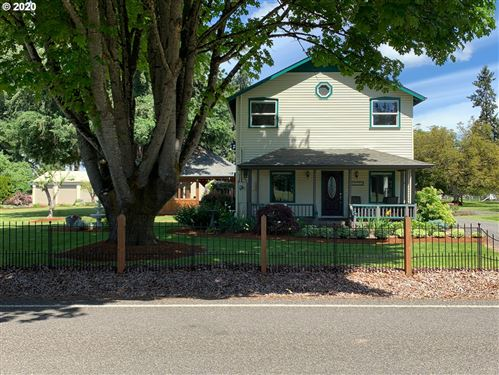 Photo of 85790 EDENVALE RD, Pleasant Hill, OR 97455 (MLS # 20126389)