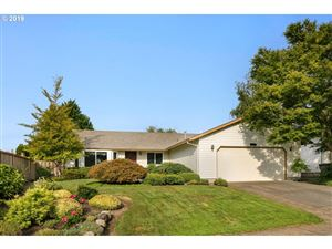 Photo of 12769 SW WINTER LAKE DR, Tigard, OR 97223 (MLS # 19397391)