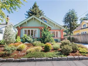 Photo of 7114 SE 18th AVE, Portland, OR 97202 (MLS # 19461391)
