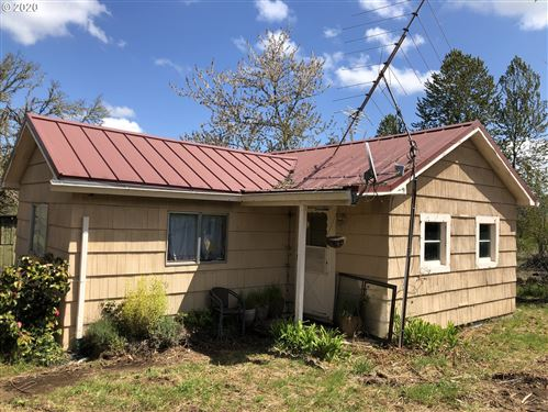 Photo of 31831 LYNX HOLLOW RD, Creswell, OR 97426 (MLS # 20615393)
