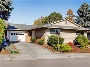 Photo of 16010 SW QUEEN VICTORIA PL, King City, OR 97224 (MLS # 19289395)