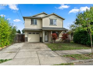 Photo of 6342 SE 86TH AVE, Portland, OR 97266 (MLS # 19657395)