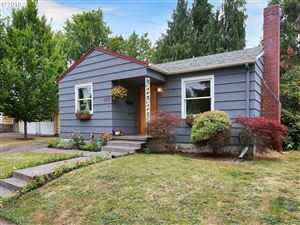 Photo of 6216 SE CLINTON ST, Portland, OR 97206 (MLS # 19239399)