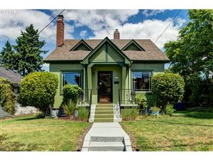 Photo of 6816 N MARYLAND AVE, Portland, OR 97217 (MLS # 19154400)