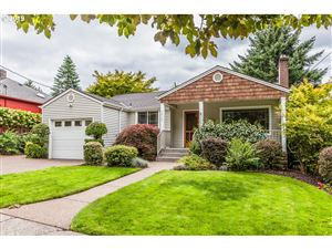Photo of 3810 SE BYBEE BLVD, Portland, OR 97202 (MLS # 19674402)