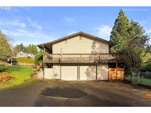 Photo of 13910 SW 121ST AVE, Tigard, OR 97223 (MLS # 20404402)