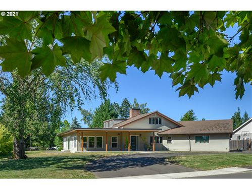 Photo of 789 NW 17TH ST, McMinnville, OR 97128 (MLS # 21542402)