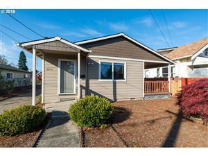Photo of 6431 SE 73RD AVE, Portland, OR 97206 (MLS # 19146403)