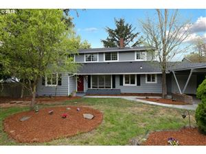 Photo of 7131 SW 45TH AVE, Portland, OR 97219 (MLS # 19694404)