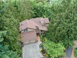 Photo of 11140 SW MORGEN CT, Tigard, OR 97223 (MLS # 19221409)