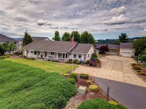 Photo of 2500 SW 2ND ST, McMinnville, OR 97128 (MLS # 19355409)