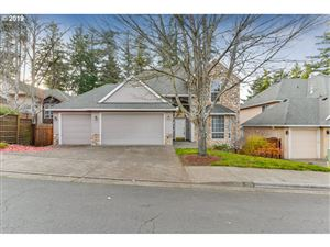 Photo of 14745 SW FERN ST, Tigard, OR 97223 (MLS # 19237411)