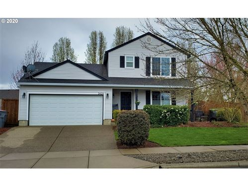 Photo of 2420 SW HANNAH CIR, McMinnville, OR 97128 (MLS # 20260415)