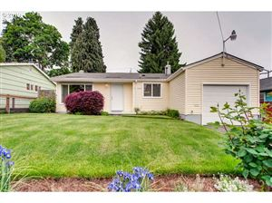 Photo of 10147 N MOHAWK AVE, Portland, OR 97203 (MLS # 19508418)