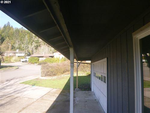 Tiny photo for 76587 GREENRIDGE DR, Oakridge, OR 97463 (MLS # 21278420)