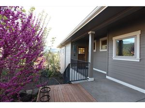 Tiny photo for 165 WETLEAU DR, Lowell, OR 97452 (MLS # 18159421)