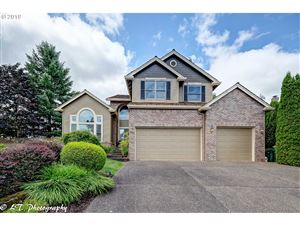 Photo of 9283 SW 176TH AVE, Beaverton, OR 97007 (MLS # 19235422)