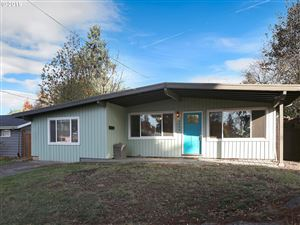 Photo of 5800 SW FRANKLIN AVE, Beaverton, OR 97005 (MLS # 19684423)