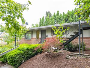 Photo of 204 SW WOODS ST, Portland, OR 97201 (MLS # 19232427)