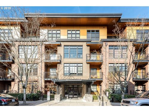 Photo of 2335 NW RALEIGH ST #233, Portland, OR 97210 (MLS # 19112428)