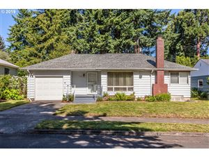 Photo of 7726 SE 44TH AVE, Portland, OR 97206 (MLS # 19358428)