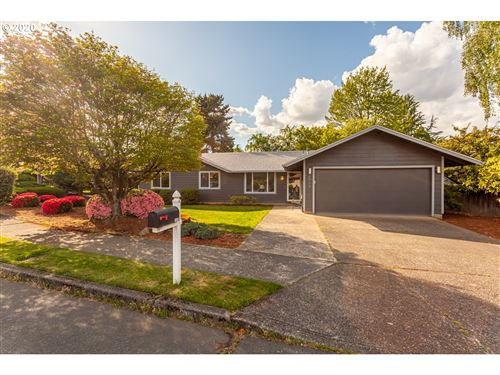 Photo of 3609 NE 142ND AVE, Portland, OR 97230 (MLS # 20538428)
