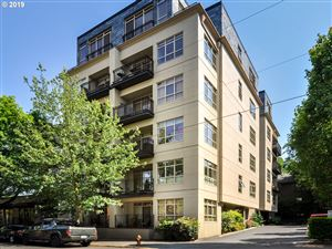 Photo of 1930 NW IRVING ST 302 #302, Portland, OR 97209 (MLS # 19300429)