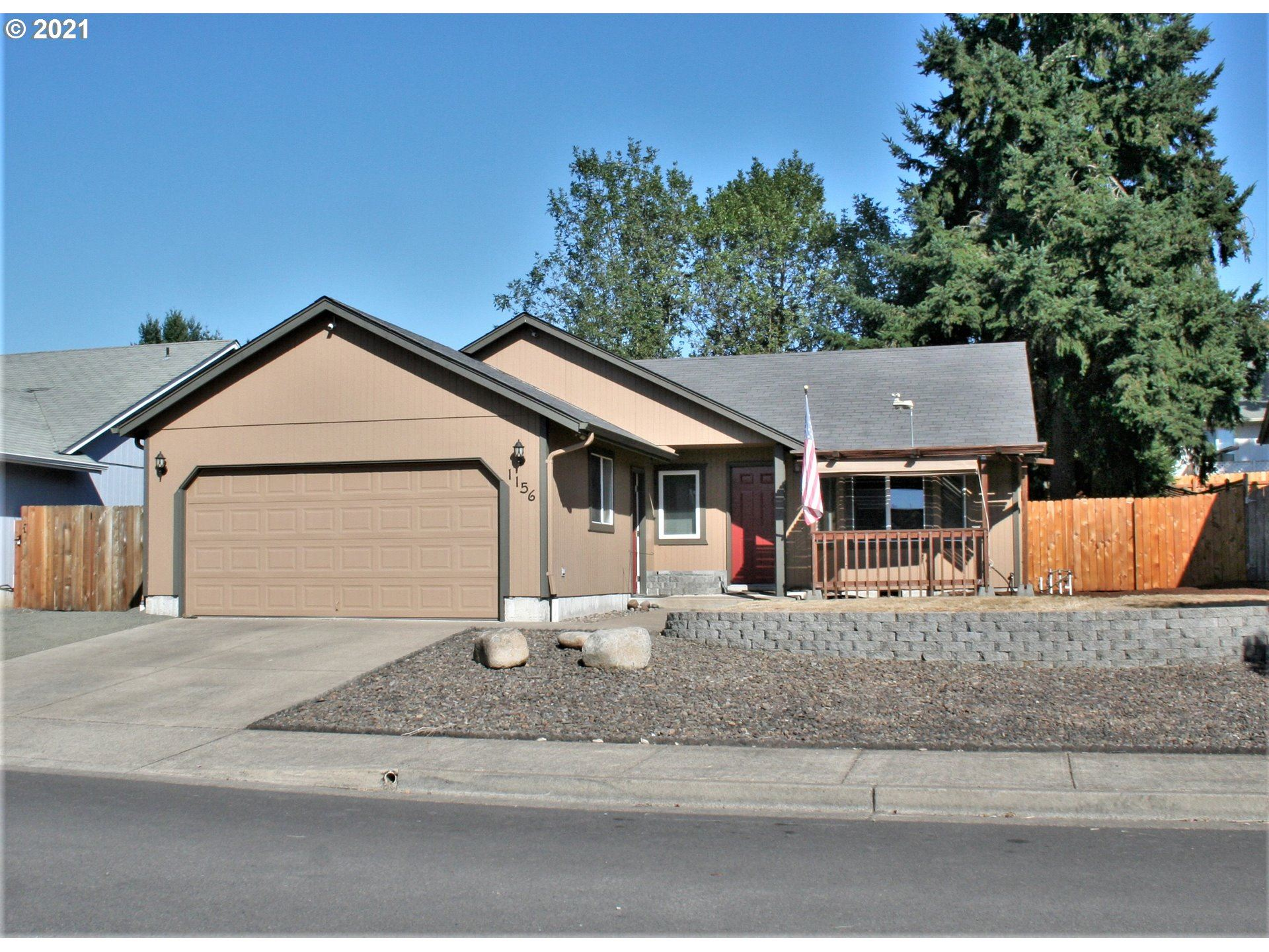 Photo for 1156 ASH GROVE LOOP, Creswell, OR 97426 (MLS # 21500435)