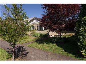 Photo of 3535 N FARRAGUT ST, Portland, OR 97217 (MLS # 19651436)