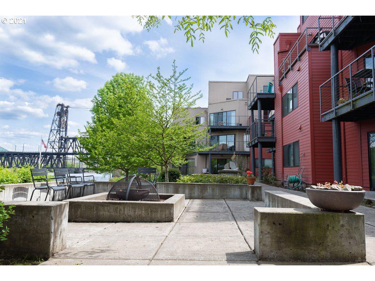 730 NW NAITO PKWY #E11, Portland, OR 97209 - MLS#: 20486438