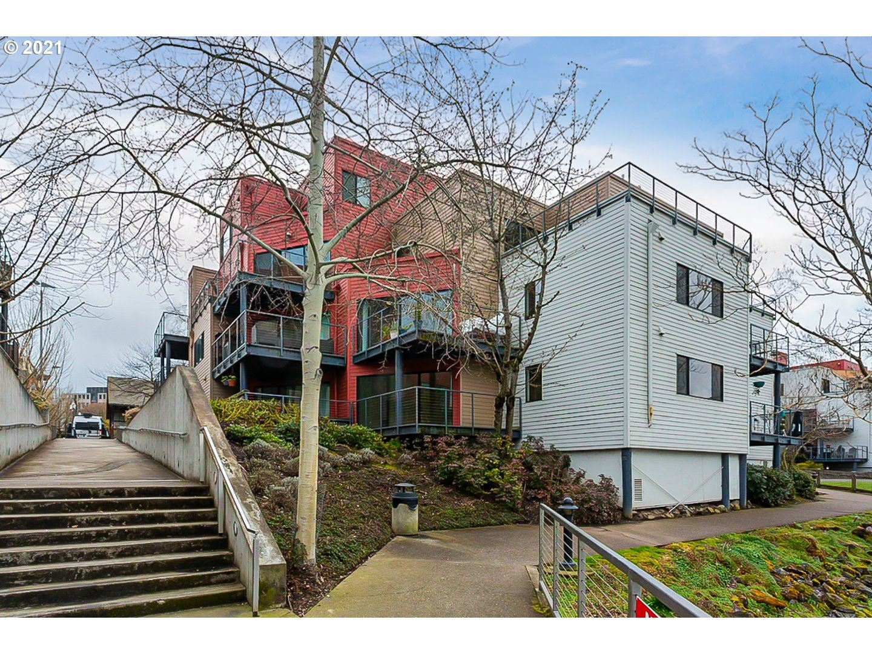 Portland, OR 97209
