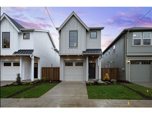 Photo of 7460 N Stockton AVE, Portland, OR 97203 (MLS # 20449441)