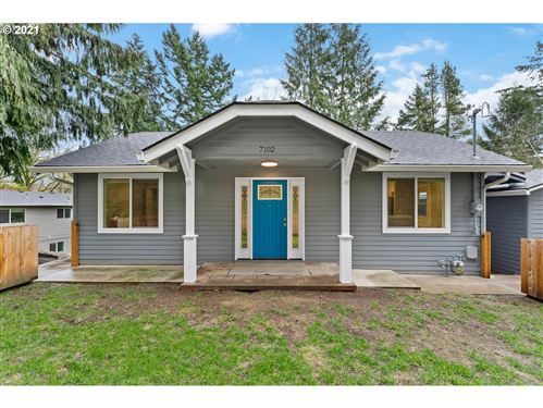 Photo of 7102 SW Capitol Hill RD, Portland, OR 97219 (MLS # 21481441)