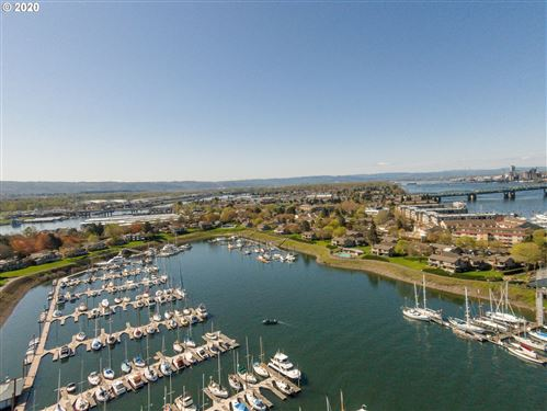 Photo of 314 N HAYDEN BAY DR, Portland, OR 97217 (MLS # 20559442)