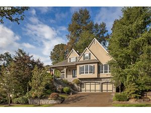 Photo of 3919 NORTH HAMPTON CT, West Linn, OR 97068 (MLS # 19011443)