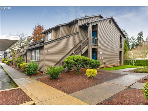 Photo of 9515 SW 146TH TER #C5, Beaverton, OR 97007 (MLS # 19654443)