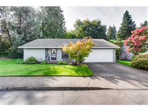 Photo of 12100 SW ANN PL, Tigard, OR 97223 (MLS # 19582444)