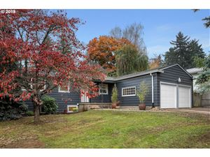 Photo of 11011 SE CHERRY BLOSSOM DR, Portland, OR 97216 (MLS # 19488446)