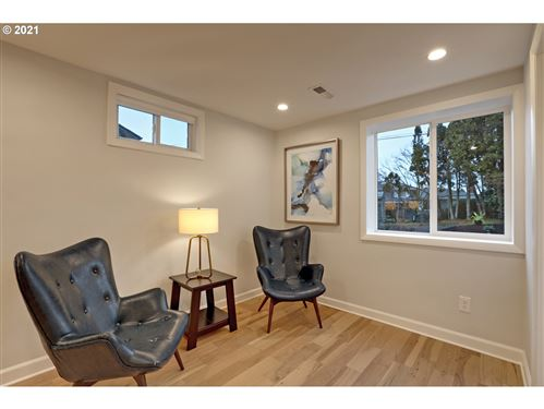 Tiny photo for 10303 SE STEPHENS ST, Portland, OR 97216 (MLS # 21050451)