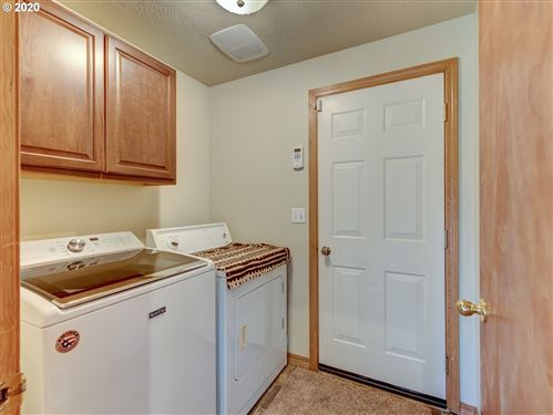 Tiny photo for 1016 ASH GROVE LOOP, Creswell, OR 97426 (MLS # 20353452)