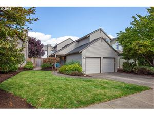 Photo of 10569 SW WINDSOR PL, Tigard, OR 97223 (MLS # 19653454)