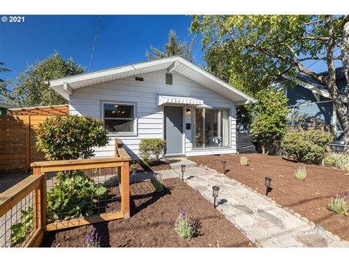 Photo of 4909 SE 62ND AVE, Portland, OR 97206 (MLS # 21576454)