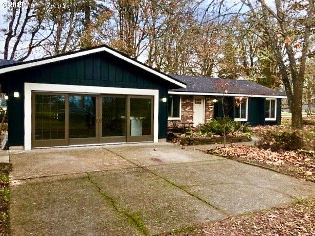 Photo for 85261 MARRIOTT LN, Pleasant Hill, OR 97455 (MLS # 19624457)