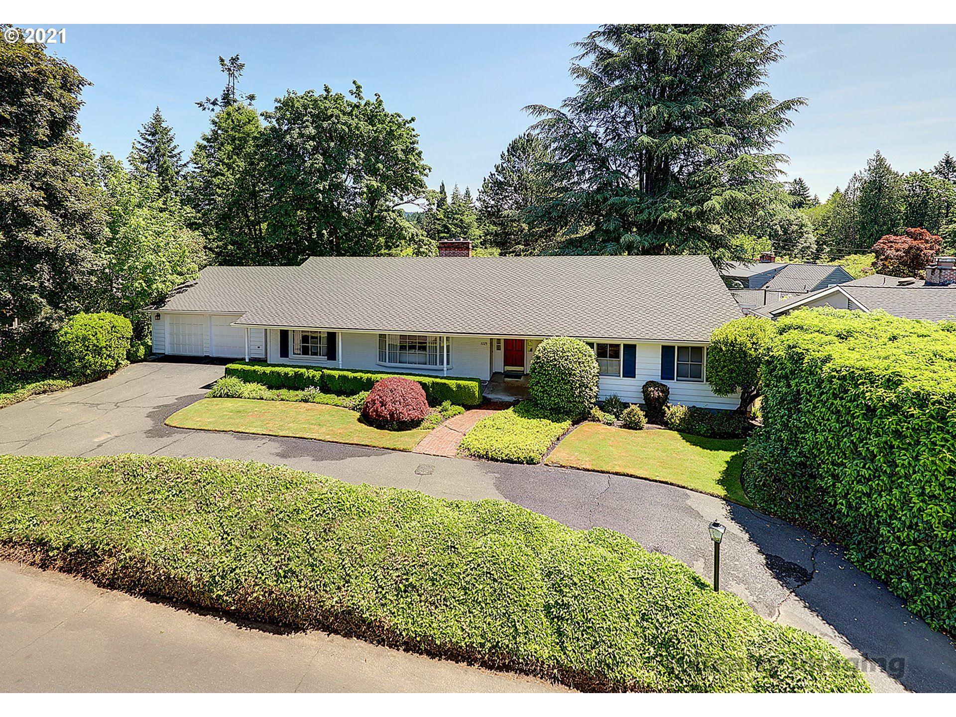 7225 SW NORTHVALE WAY, Portland, OR 97225 - MLS#: 21248457
