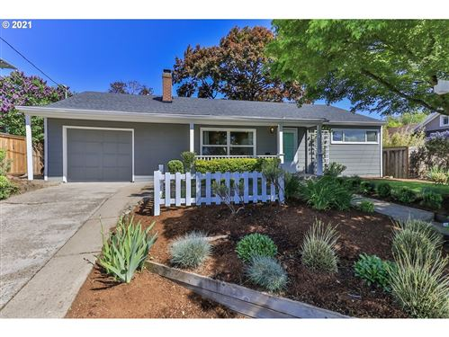 Photo of 908 NE 53RD AVE, Portland, OR 97213 (MLS # 21001464)
