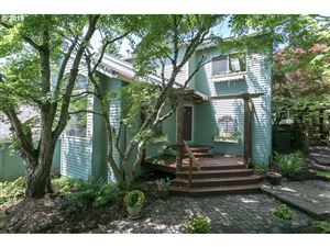 Photo of 2611 ORCHARD HILL LN, Lake Oswego, OR 97035 (MLS # 19111465)