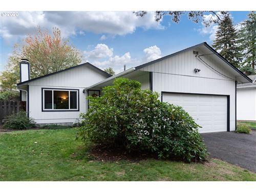 Photo of 3921 SW WILBARD ST, Portland, OR 97219 (MLS # 20237468)
