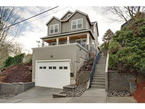 Photo of 1722 SW CUSTER ST, Portland, OR 97219 (MLS # 19406469)