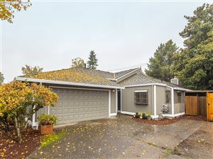 Photo of 12825 SW CHICORY CT, Tigard, OR 97223 (MLS # 19138470)