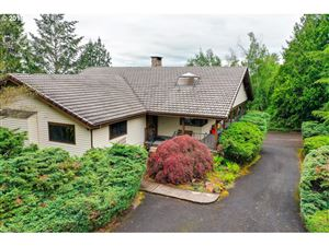 Photo of 10424 NW LAIDLAW RD, Portland, OR 97229 (MLS # 19420471)